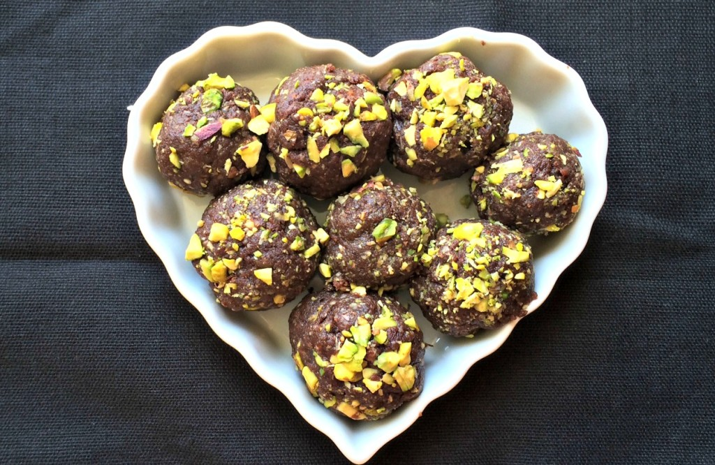 Dark Chocolate Nut and Seed Blasts- Good for your Heart!